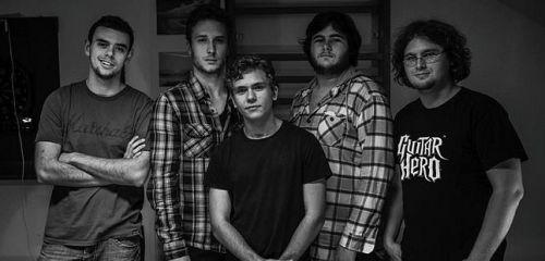 Aký je album K.A.Š.E.L. od kapely The Fraternity?