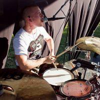 Rozhovor s bubeníkom kapely Slice of Bread!