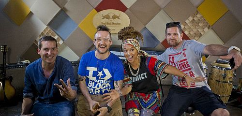 Android Asteroid točí singl s Djem Vadimem a Yarah Bravo!